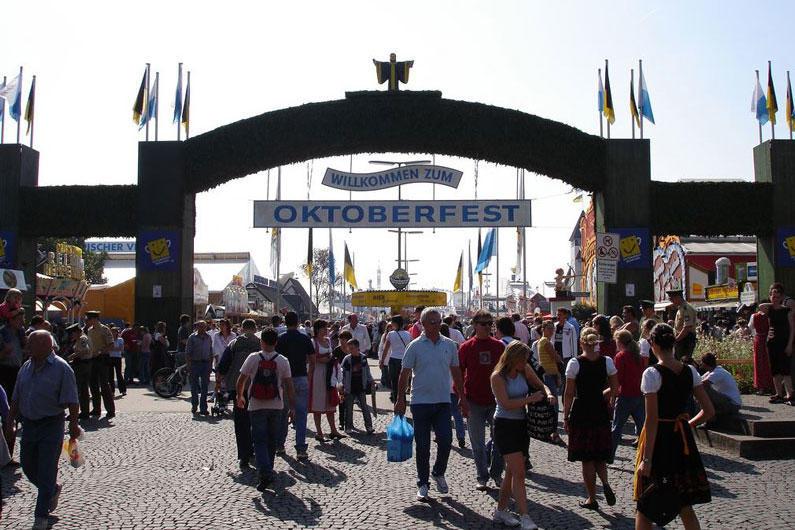 Октоберфест, Фестивальный туризм